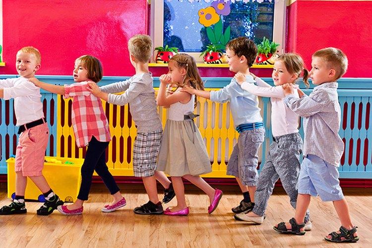 """Los niños progresan cuando les asignan una """"tarea"""" especial."""