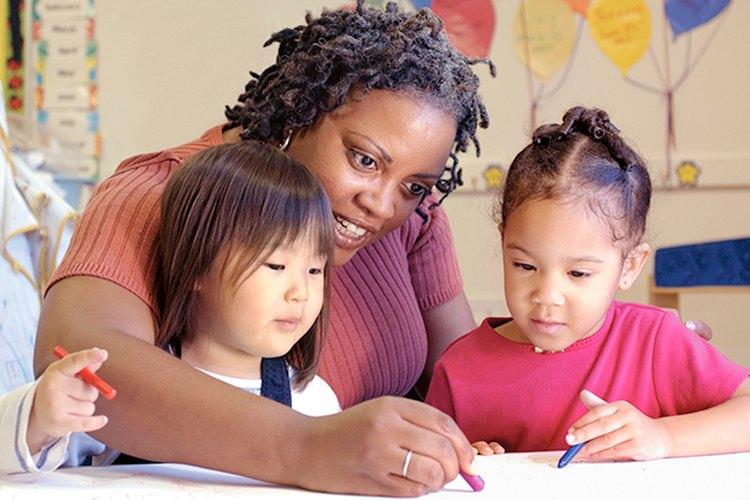Escribir nota ayuda a los niños a expresar sus sentimientos.