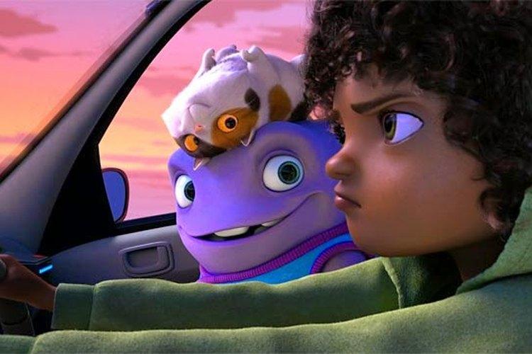 Escena de la película con los personajes principales en primer plano