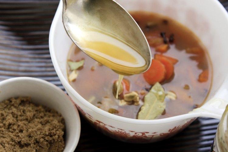 Agrega miel u otra sustancia dulce para equilibrar la especia.