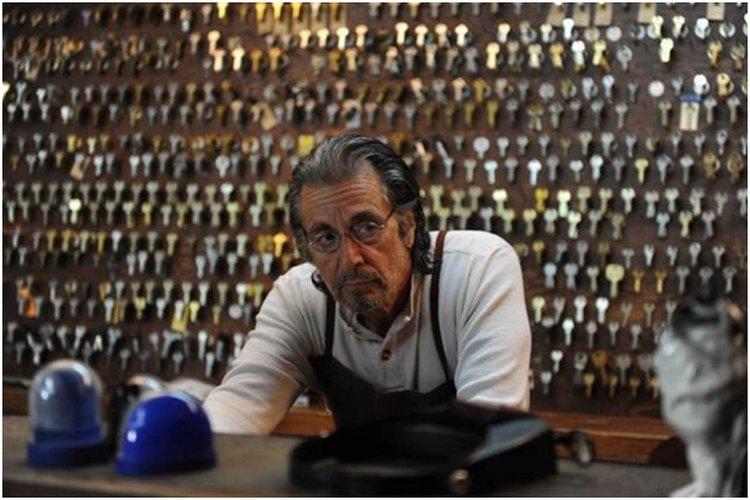 Primer plano de Al Pacino durante una escena para Manglehorn
