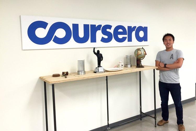 Si quieres aprender diversas disciplinas universitarias, Coursera es el sitio al que debes ingresar.