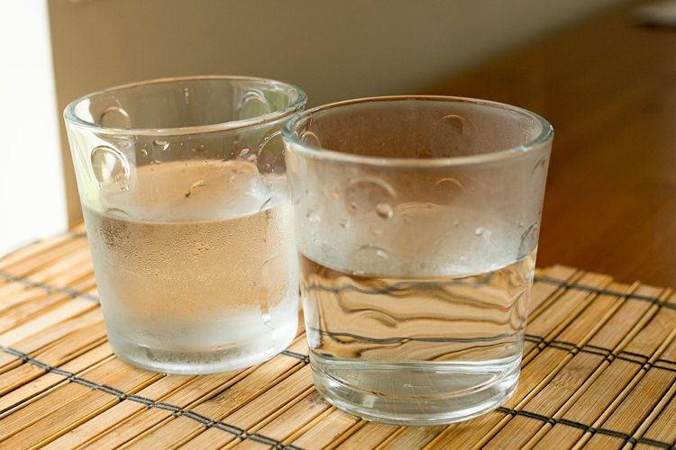 Agua caliente, agua fría