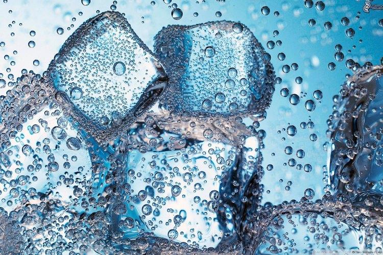 El agua es un tónico que permite mantener tus conexiones físicas funcionando establemente.
