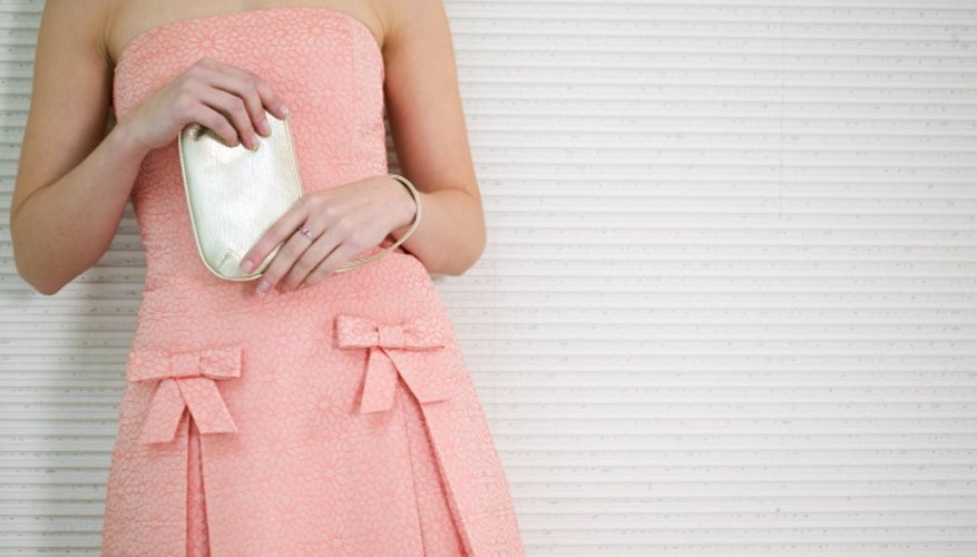 A pink dress can be paired with many different types of shoe.