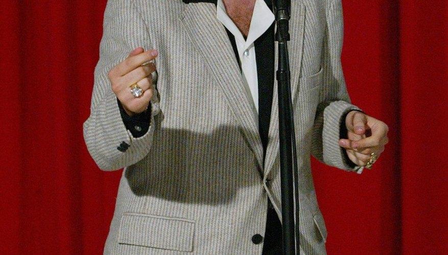 Elvis Presley had an iconic rock 'n' roll look.