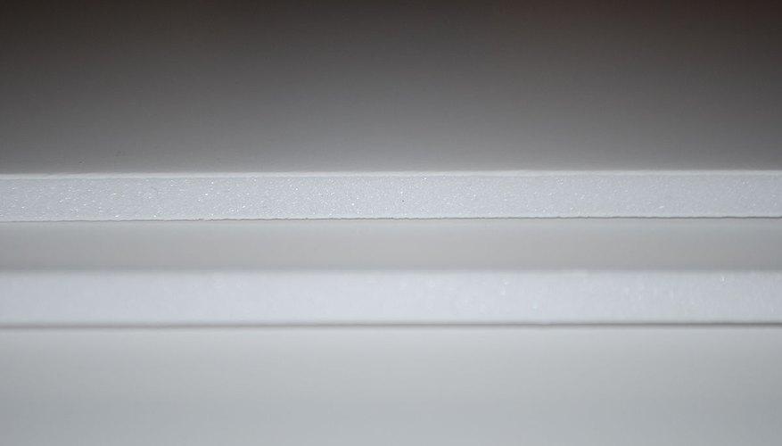 A cross-section of foamboard.