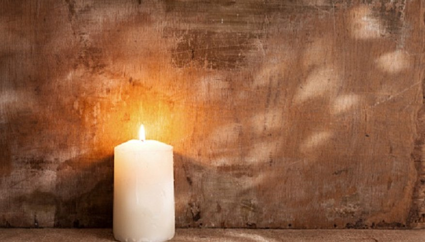 Keep candles clean and dirt-free for a clean burn.