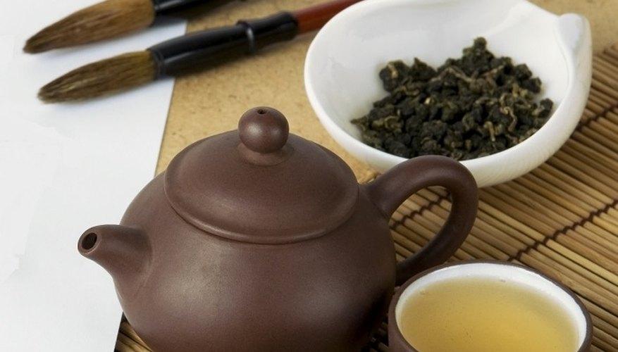 Tea is a versatile pigment for painting.