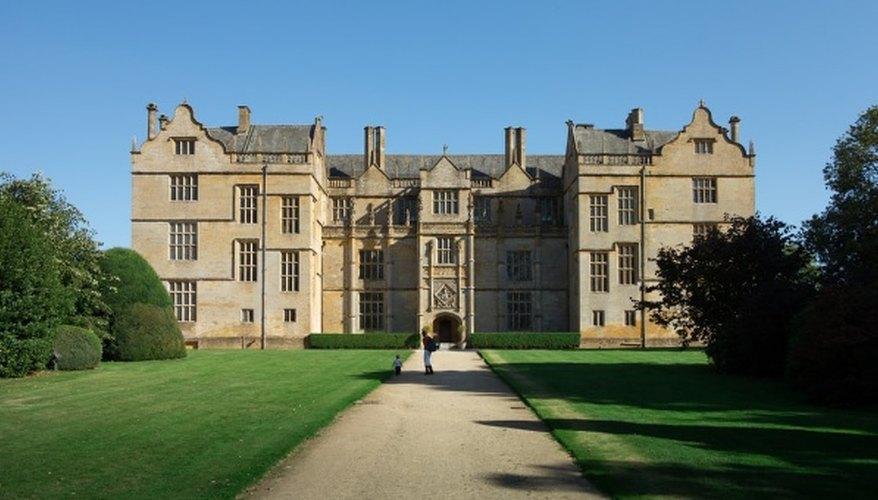 National trust - montacute house in england.jpg