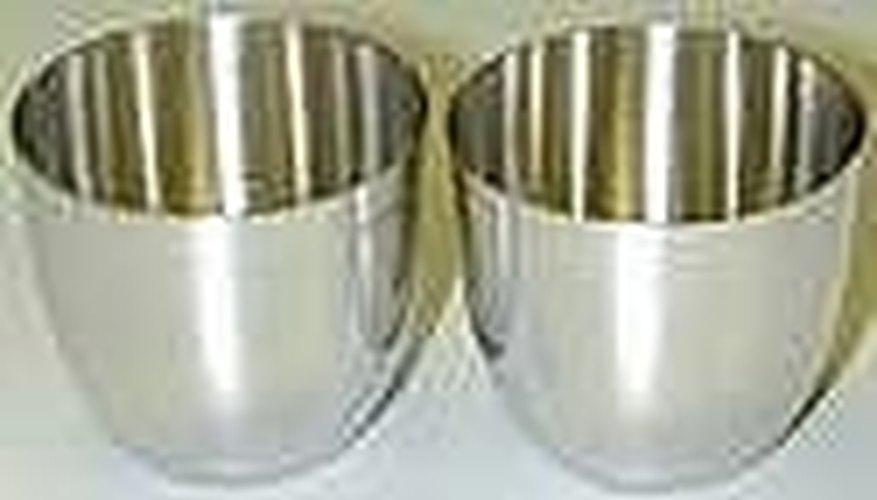 Los crisoles y otro equipo de laboratorio pueden contener platino.