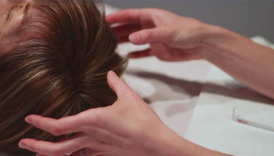 How to Use Acupuncture to Treat Hair Loss