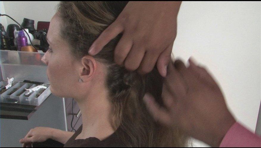 How to Style Medium Length Wavy Hair