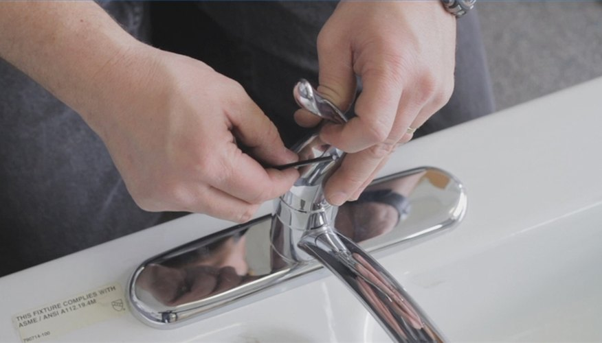 How to Replace a Collar Diverter on a Faucet