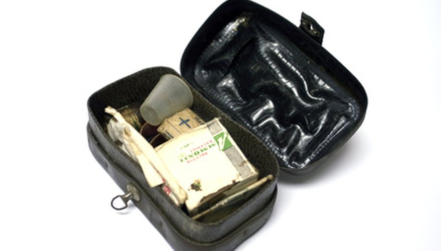 Military backpacks include first aid kits.