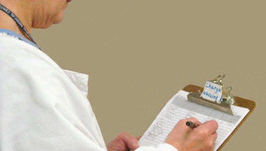 Debes entender lo que el paciente está tratando de decir en forma verbal o no verbal.