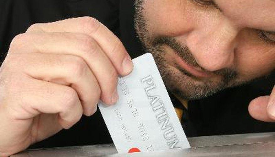 Si surge un caso en que el cliente se opone a la carga de la tarjeta de crédito de tu empresa, tu eres el responsable, como comerciante, para demostrar que es válido.
