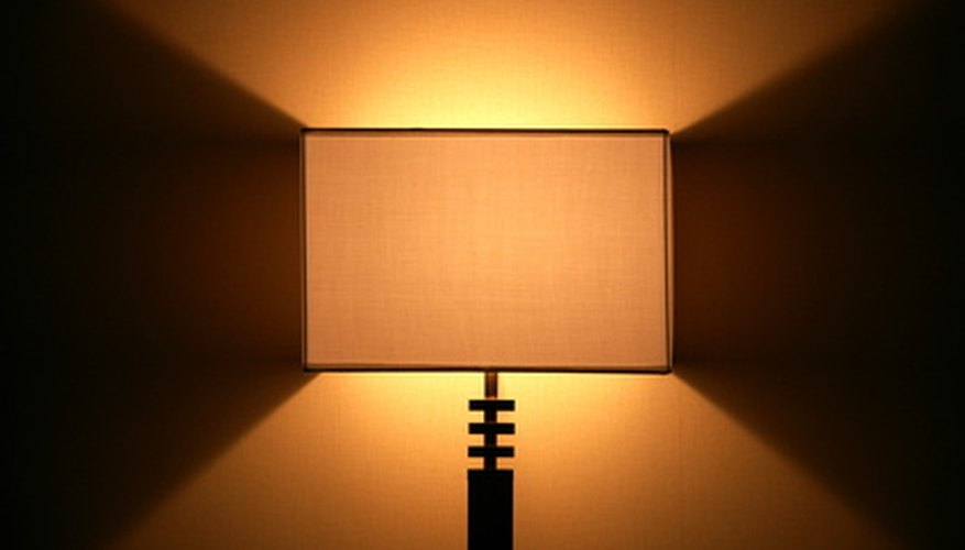 Modern-style lampshade.