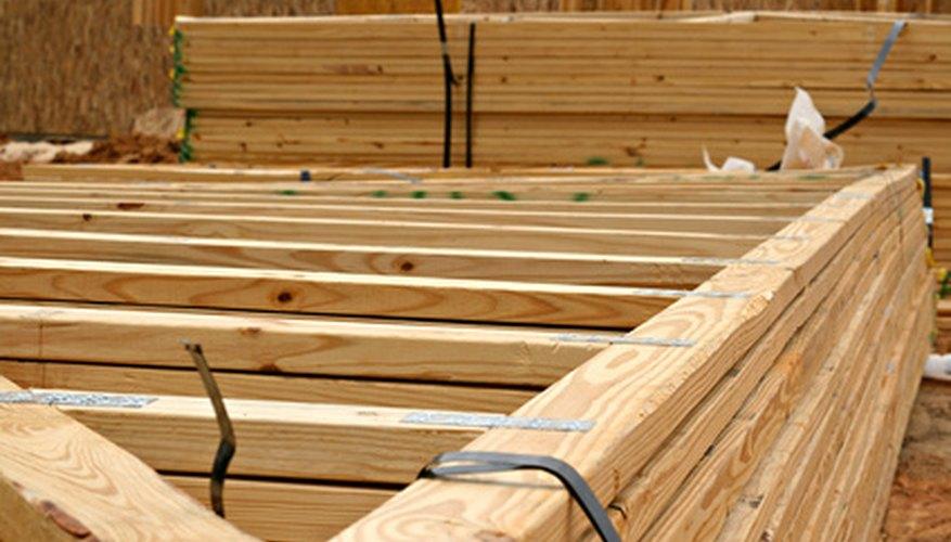 Bundled roof trusses