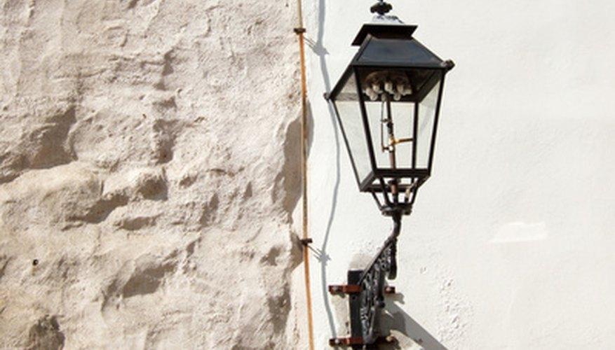 Gasoline lanterns use mantles to provide light.