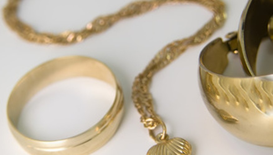 Gold jewellery can be bought and sold