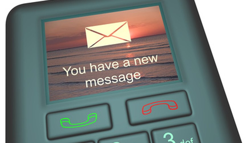 A number of options are available so that you can easily send a private text message.