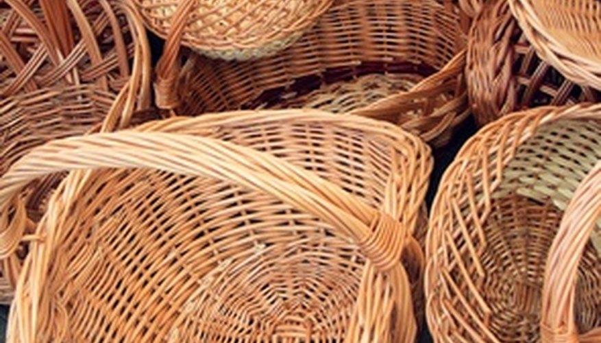 Weaving Seagrass