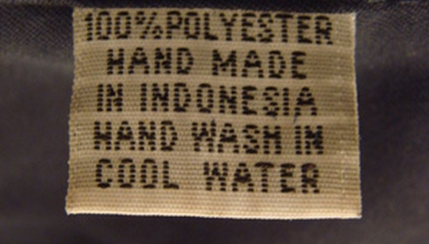 Yes, it's possible to remove ink from polyester using acetone.