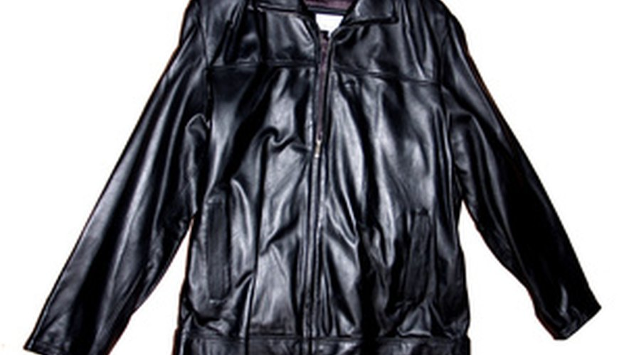 Men's and women's leather jackets have differences in design, including zipper placement.