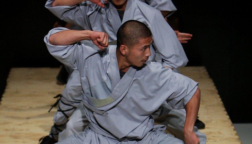 Shaolin monks performing at Sidney Opera House.