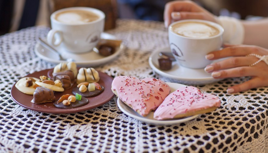 Serve coffee with wedding cake or cookies.