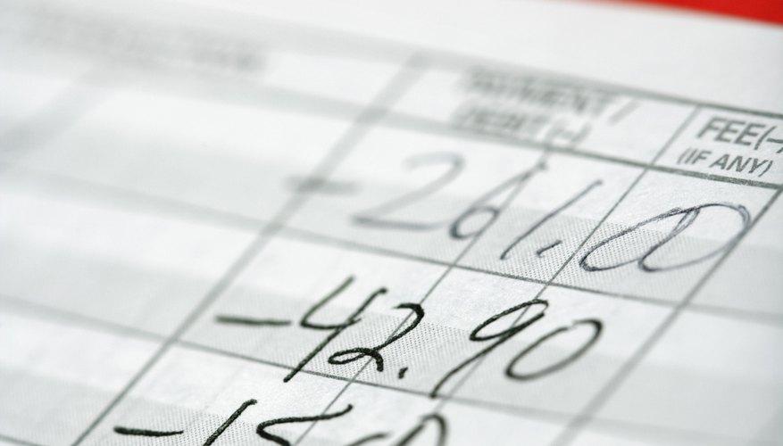 Reúne los informes de ingresos de ejercicios anteriores.