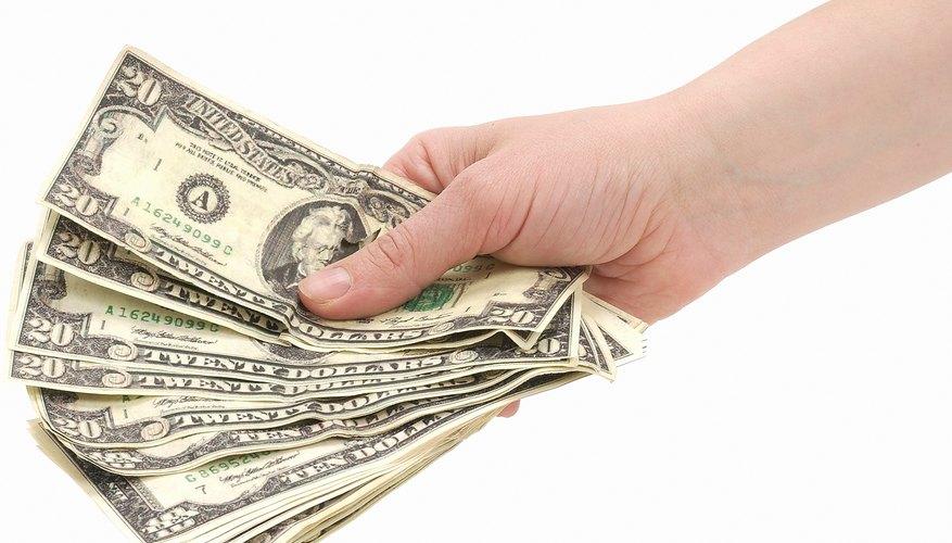Obtén el dinero necesario para comenzar con el negocio.