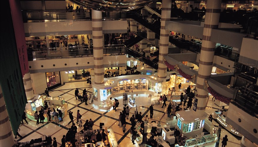Si el centro comercial aún no tiene una, considera instalar un negocio allí.