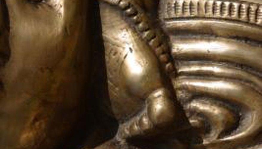 Bronze sculptures are waterproof.