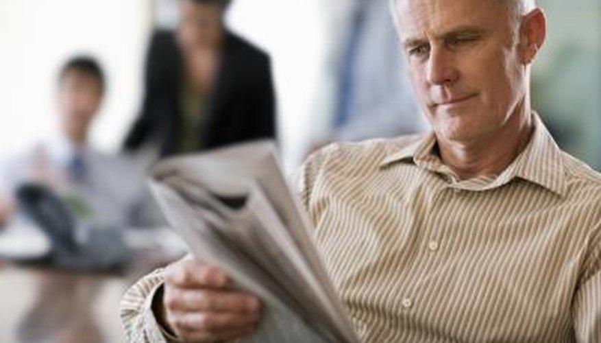 Los periódicos pueden informar acerca de una historia con mayor profundidad.