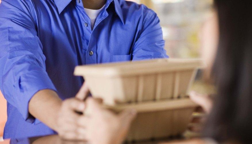 Uno de los beneficios del marketing directo es que se enfoca en los clientes de una manera más personalizada.