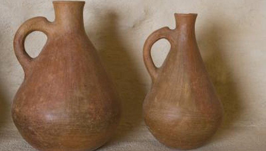 These jugs would make excellent bases for memory jug crafts.