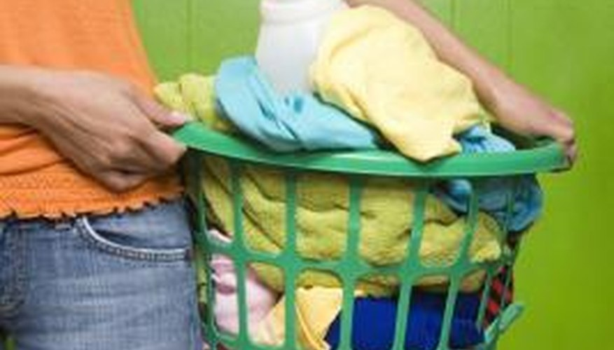Resolving bleeding colour stains from the laundry