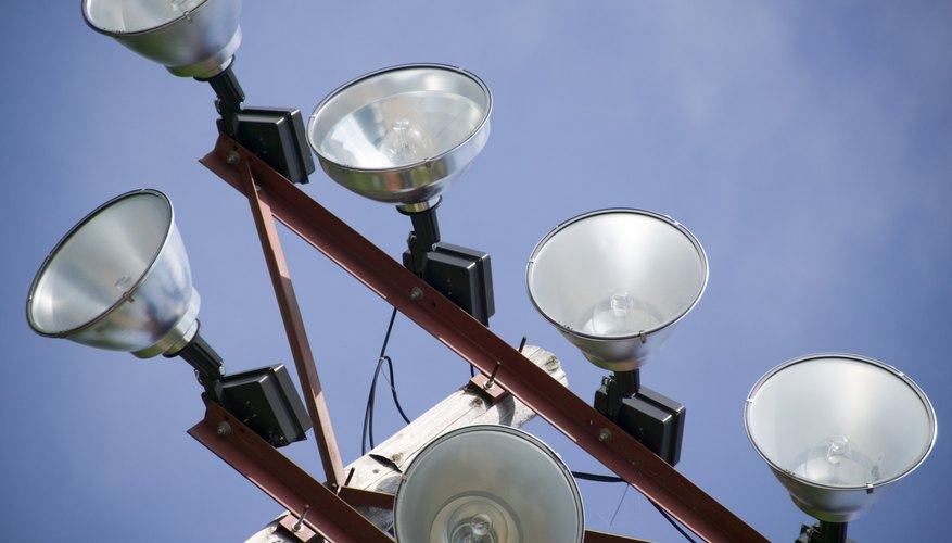 Tell the difference between halogen bulb types.