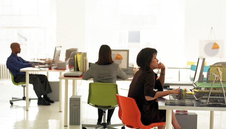 La motivación para trabajar refiere a las fuerzas internas de la persona que le empujan a cumplir con sus deberes y obligaciones sin estar obligado a hacerlo.