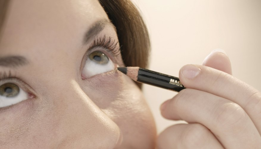 Avoid the dreaded raccoon eyes by applying liner correctly.