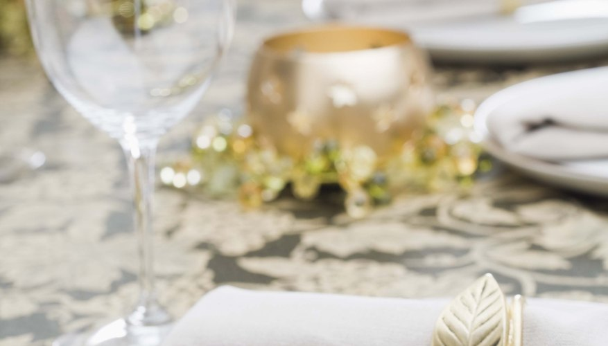 Cloth napkins are appropriate for informal and formal settings.