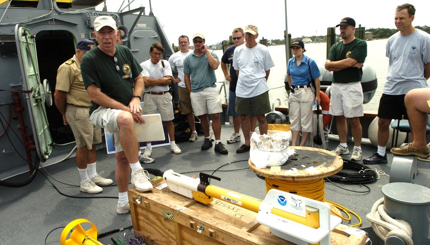 Some summer marine camps take place on ships, where you may have the opportunity to learn about advanced equipment used in marine research.