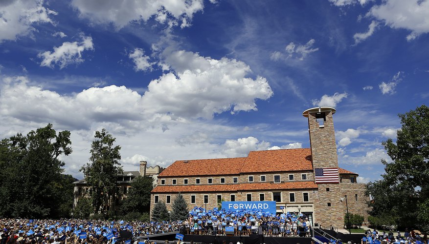 A crowd gathers at University of Colorado campus in advance of Barack Obama's appearance