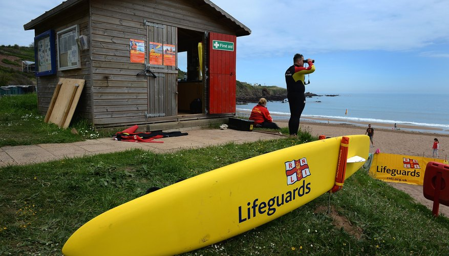 Make sure the lifeguard has all the recognised qualifications.