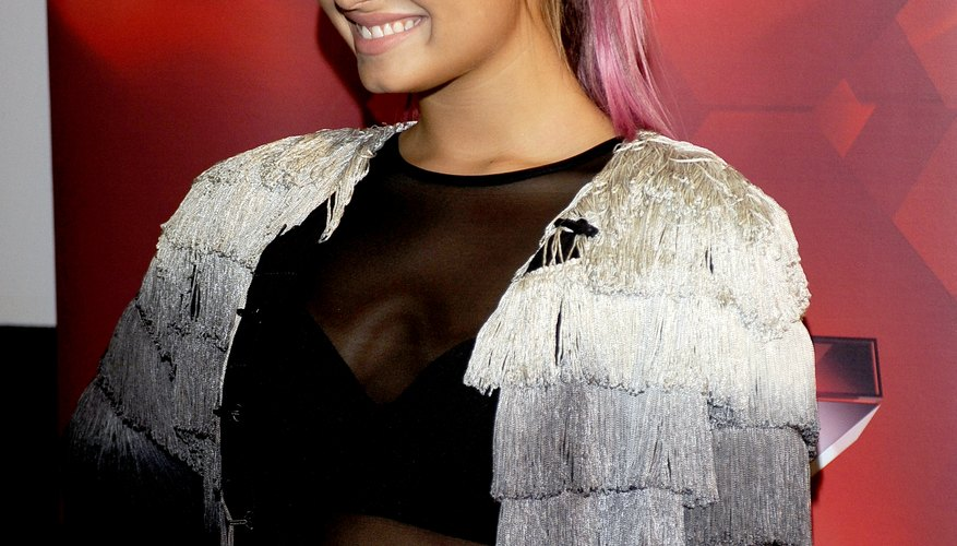 Demi Lovato rocks pink ombre in her blonde ponytail.