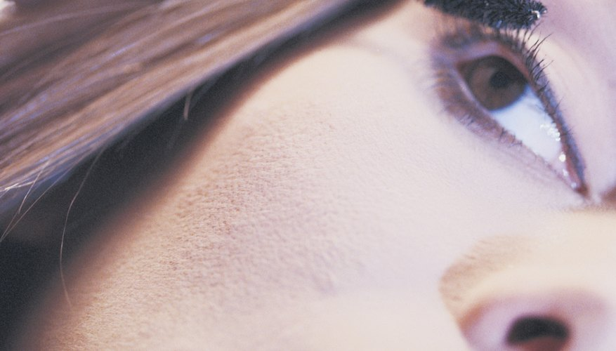 Forget the fake eyelashes and instead create bold eyes with mascara.