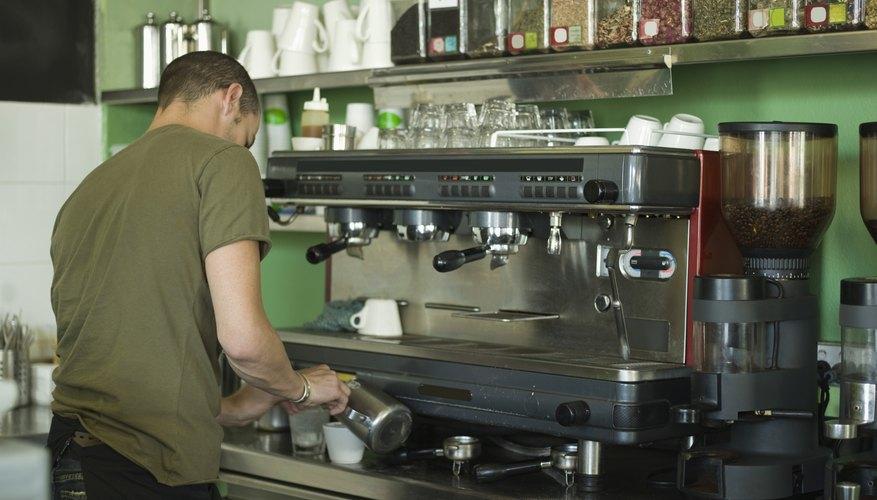 Monta las piezas de tu nuevo tostador de café comercial.