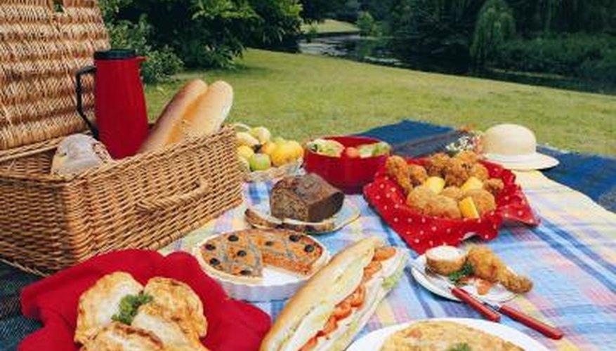 Cold quiche makes an elegant picnic dish.